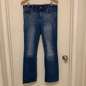 Perfect Boot faded GAP jeans